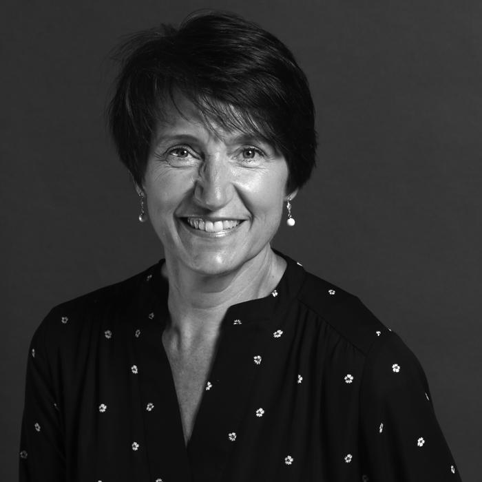 photo of Diane Llewelyn-Jones